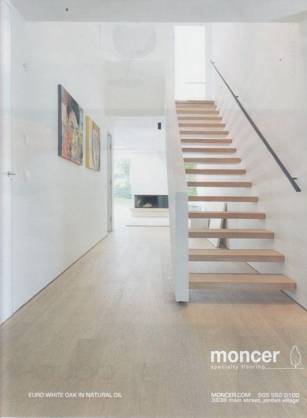 Open trap i.c.m. gemetselde muur. Rechte trap mag ook met (meerdere) draaien zijn.