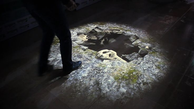 We add interactive system at trick art. when user step the dinosaur fossil, the floor is collapsed and a dinosaur is jumped out. 3d image gives realistic virtual experience. 인터렉티브 트릭아트 : 기존 트릭아트의 정적인 부분에 인터랙티브 요소를 가미하였습니다. 관람객이 공룡화석을 밟으면 바닥이 무너지면서 해당 공룡이 튀어나와 울부 짖는 구성입니다. 관람자의 시점에 맞춘 3D이미지는 실감나는 가상체험을 제공합니다. #bottom #projection #interactive #media #exhibition #dino #인터랙티브 #인터렉티브 #공룡영상 #공룡콘텐츠 #공룡 #콘텐츠 #컨텐츠