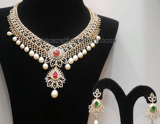 Jewellery Designs: Changeable Stone Diamond Set