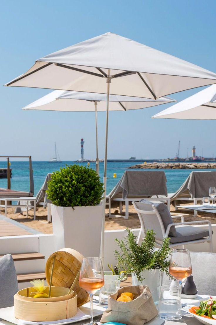 What We Love: rubbing shoulders with an ultra-fashionable crowd at the chic champagne bar. Hotel Barriere Le Majestic (Cannes, France) - Jetsetter