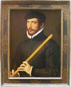 École française Seconde moitié du XVIe siècle Portrait d'un flûtiste borgne 1566 H. : 0,62 m. ; L. : 0,50 m. Le musicien tient une flûte traversière, dite d'Allemagne. Il s'agit peut-être d'un flûtiste allemand que le roi Charles IX, grand amateur de musique, aurait appelé à sa cour. La date de 1566, portée en haut à droite, précède d'un an la fondation à Paris de l'Académie de musique et de poésie de Jean-Antoine de Baïf et Thibaut de Courville. ML