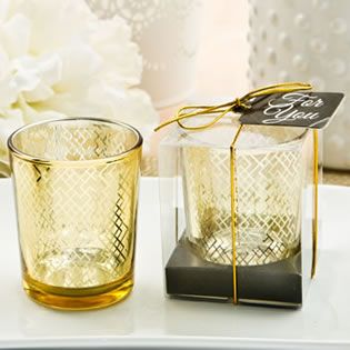 Light up your event tables with a dramatic effect when these mercury candles burn with a golden glow. Your function hall will look stunning!