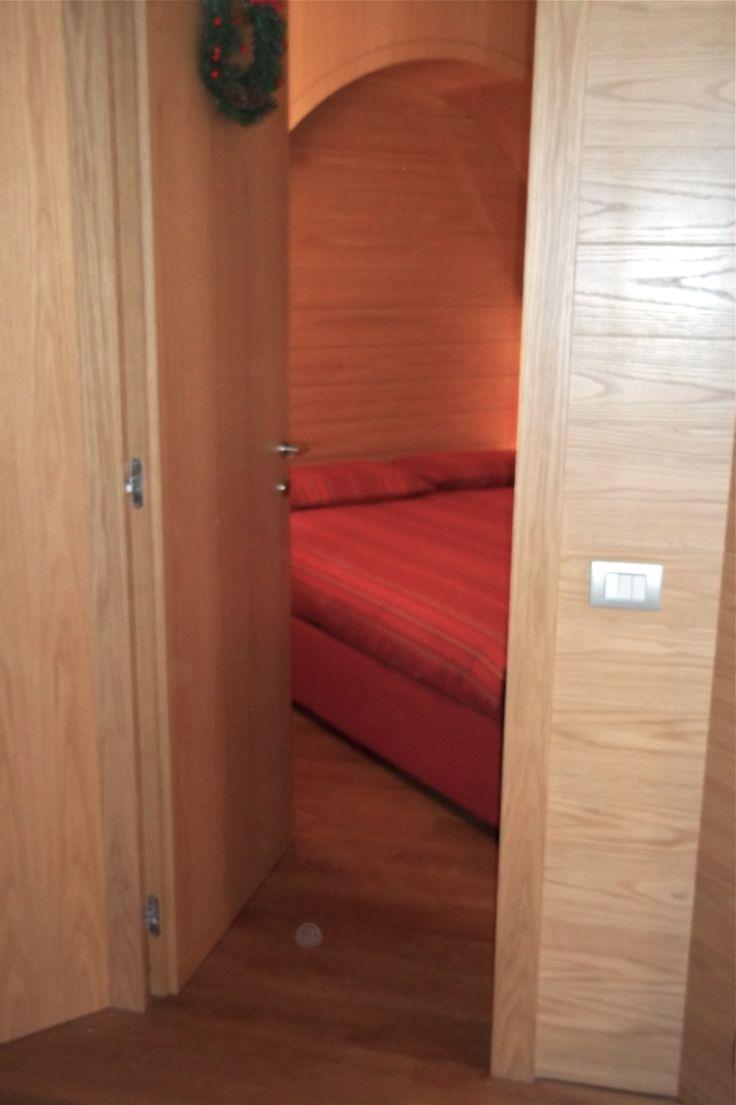 Camera da letto (ingresso) - Appartamento di montagna - Pozzi Arredamenti