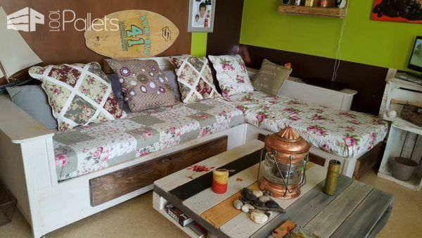 Shabby Chic Sofa From Recycled Pallets Pallet Sofas