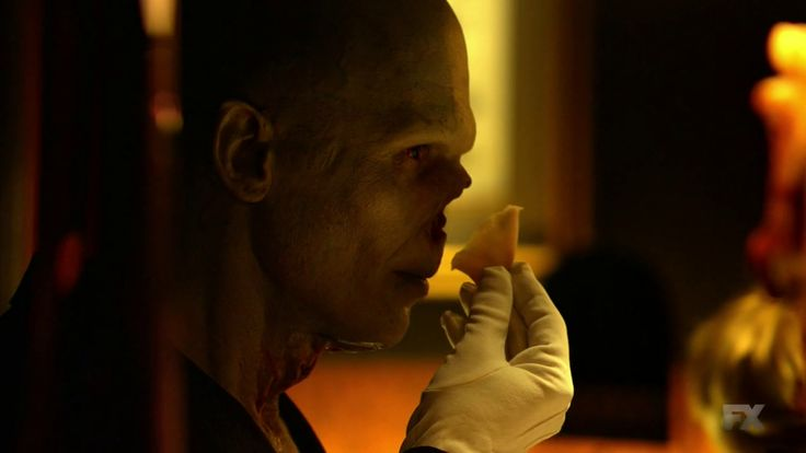 The Strain Richard Sammel | Les critiques // The Strain : Saison 1. Episode 3. Gone Smooth.