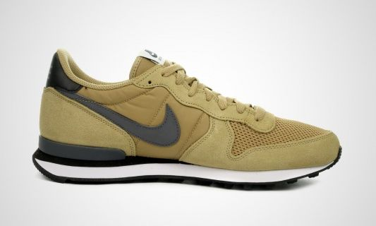 Koop Internationalist (beige) Num.TKa7818095g Nike (Heren)