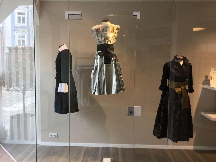 """Die """"himmlischen"""" Kleider von Sara Roka aus der aktuellen HW17 Kollektion. www.strauch.at"""