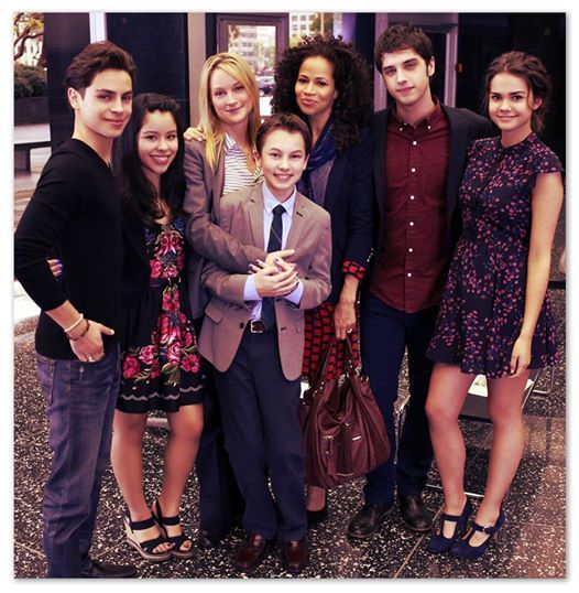 The Fosters cast is so good looking!