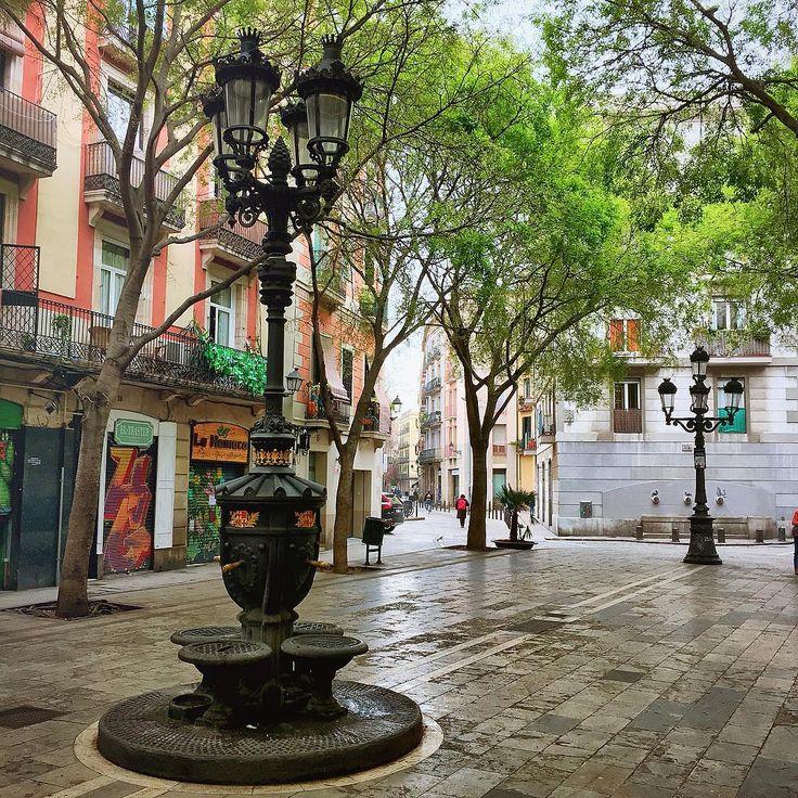 Pla a de sant agust vell el born barcelona bcn for The 8 boutique b b barcelona