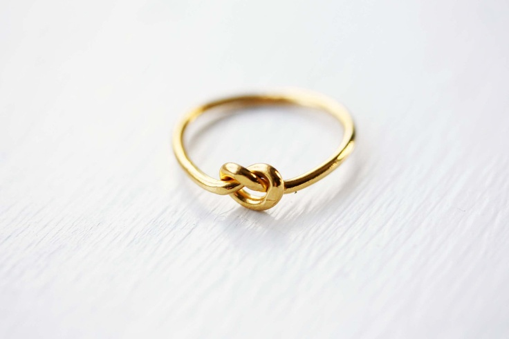 Gold Vintage Knot Ring