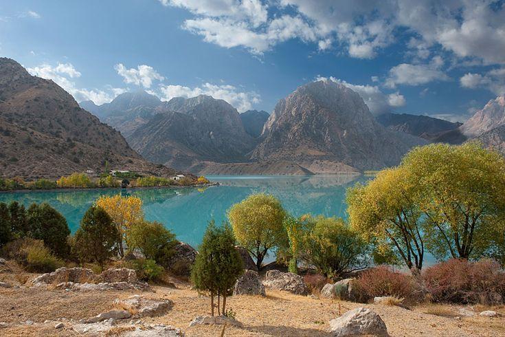 Tadschikistan im Tadschikistan Reiseführer http://www.abenteurer.net/2971-tadschikistan-reisefuehrer/