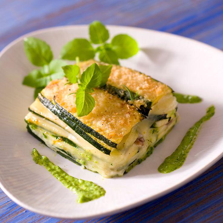 Découvrez la recette gratin de courgettes au fromage sur cuisineactuelle.fr.