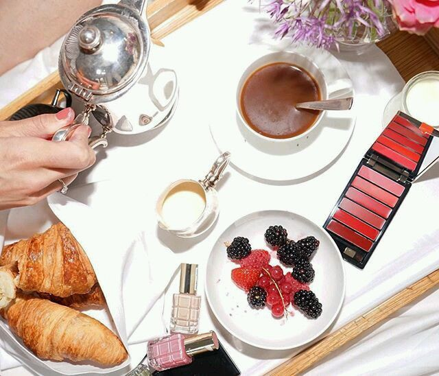 Good Morning From Idiosyncratic Fashionistas And: Good Morning Fashionistas. #coffee #croissants #makeup