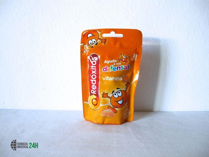 ¿ Sabes lo que son los #Redoxitos ?   Redoxitos es un complemento alimenticio que contiene Vitamina C para ayudar al funcionamiento normal del sistema inmunitario y favorecer la absorción del hierro. Sirve para los adultos y para los niños. Es una forma muy divertida de protegerse durante todo el año. El sabor es delicioso.   Pruébalos en #FarmaciaUniversal24H !