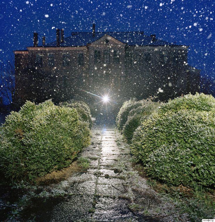 Στράτος Καλαφάτης: Φωτογραφίζοντας τον αθέατο κόσμο του Αγίου Όρους
