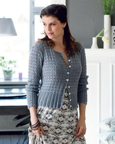 Modellen er på en gang let og luftig og varm og velsiddende – mere kan man næppe forlange af en trøje.