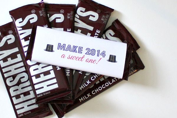 3 Easy DIY Favors to Ring in 2014 | New Year's Eve Decorations