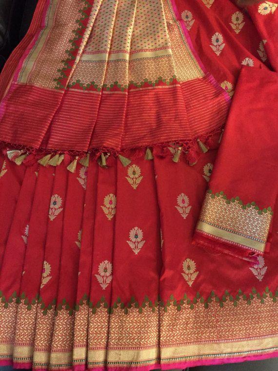 New Very Exclusive Red handwoven pure silk Banarasi saree