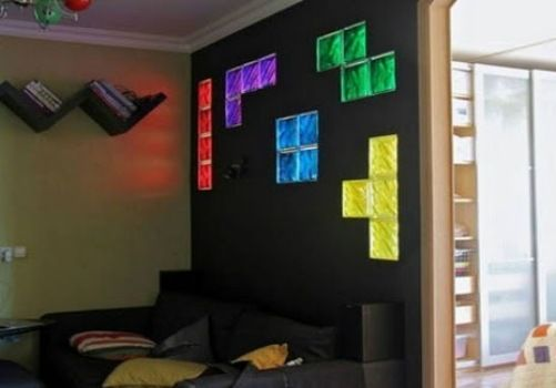 glass blocks with LED - genius!  This would be cool in a bathroom, make an entirewall out of the glass blocks andput LEDs in patterns in them