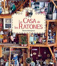Una casa de ratones en miniatura, llena de detalles hechos a mano, no te cansas de ver todas las habitaciones y siempre descubres algo nuevo. Un libro que encantará a pequeños y mayores.