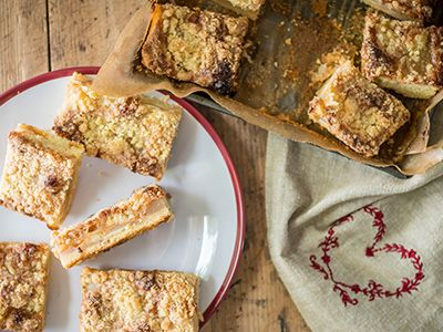 Caramel and Apple Traybake - Delicious caramel and apple slices which everyone will love. (Serves 24)  You can make it too! Click for the recipe »