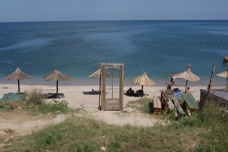A door to Neverland in Vama Veche - picture by Elena Oana Baloi