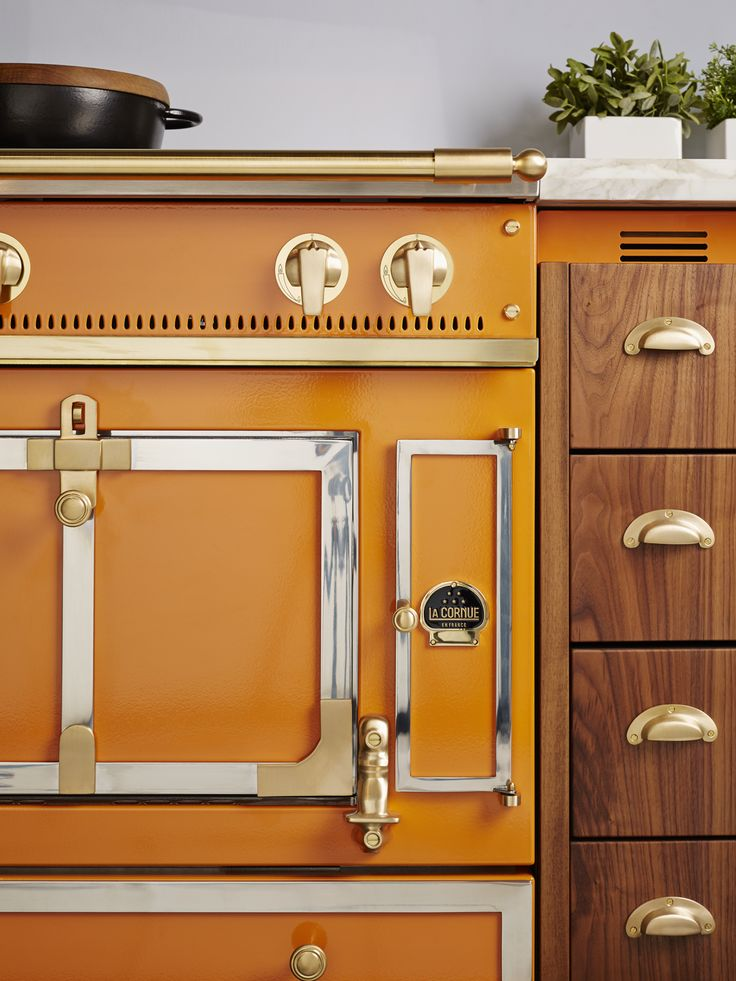 La Cornue Ranges are custom built and meticulously handcrafted to be a superior cooking instrument.
