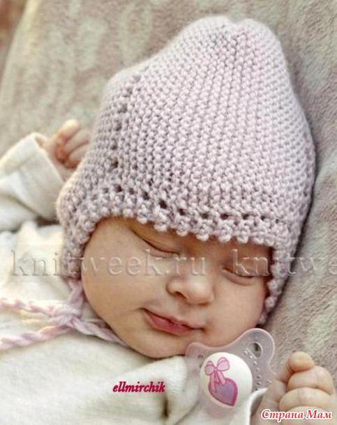 Шапка платочной вязкой для малыша