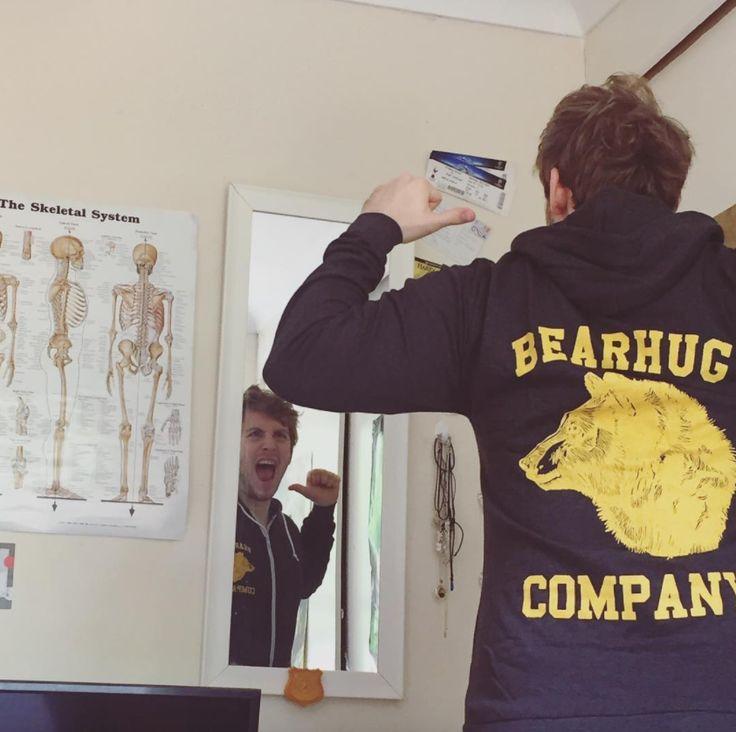 Happy Bearhugger #ziphoodie #thebearhug #wolf #wolfprint #thebearhugco #lukedixon #lukedixonartist #illustration #clothing #hoodie
