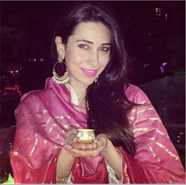Gorgeous Karishma Kapoor wear beautiful and exclusive Pinkcity jewelry on a very special occassion Diwali designed by @anitadongre and handcrafted by Jet Gems.#JetGems #beautiful #lovely #exclusive #designer #igers #lovestruck #earing #diamonds #diwali #instalike #instapic #instagrammars #instagood #instacool