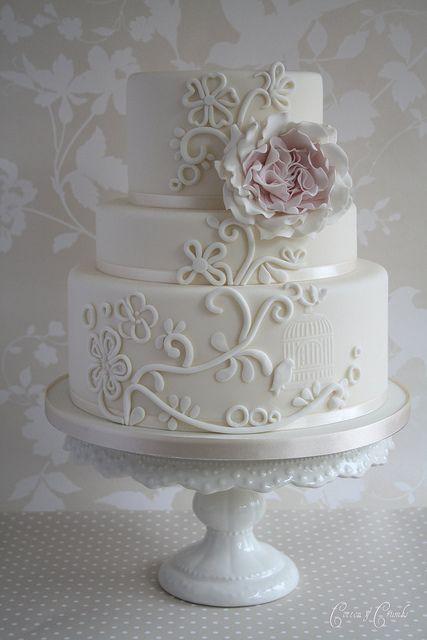 Svadbene torte B8ff89e0bfa01e51767b1c98ffb9070a