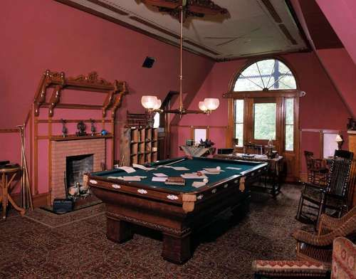 A Photo Tour of the Mark Twain House in Connecticut ...