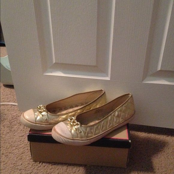 ✨Gold Quilted Flats✨ Gold flats for sale. Just need to be cleaned a little. Comes with original box. No Call Shoes Flats & Loafers