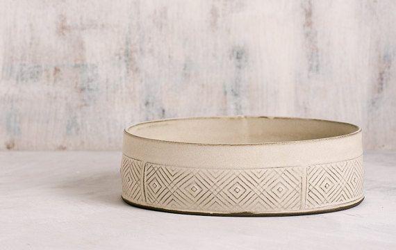 Witte keramische Bowl, witte serveren Bowl, grote fruitschaal, keramische bakken schotel, moderne salade bowl, geometrische patroon Bowl, vakantie cadeau