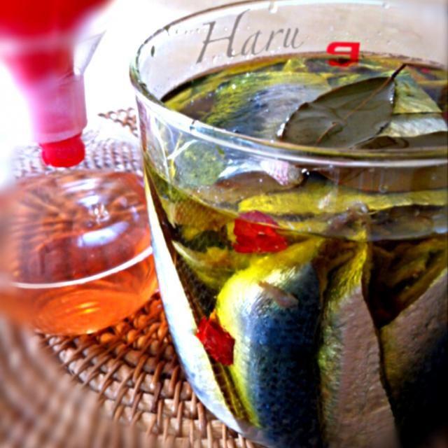 ピザやパスタにどうぞ❣  ナンプラーは魚醤。 少ししか取れないから、貴重な調味料だね〜 - 73件のもぐもぐ - アンチョビ&ナンプラー by harusaeki