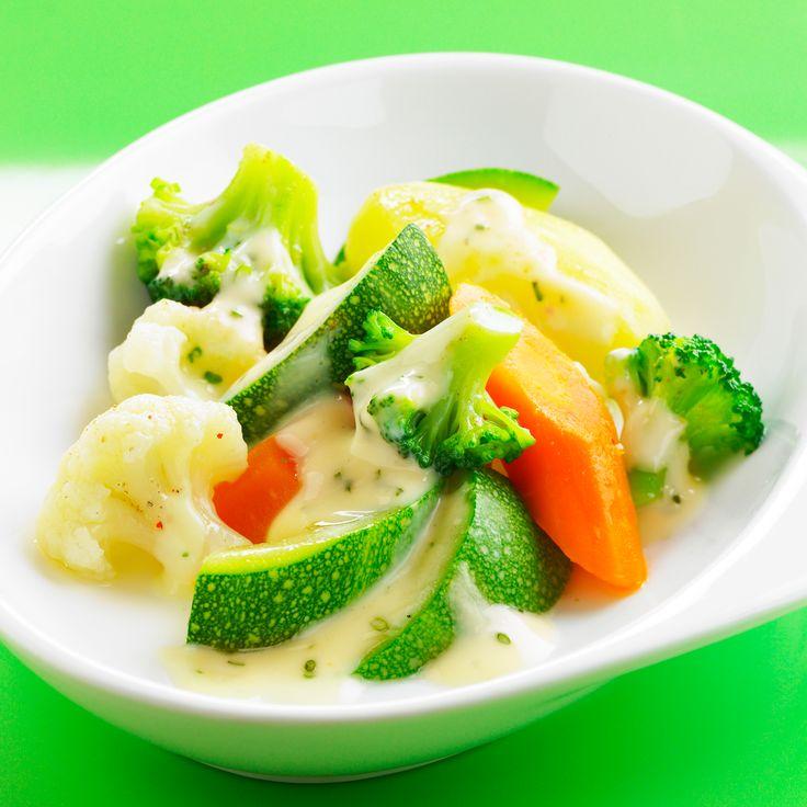 Légumes vapeur en sauce blanche