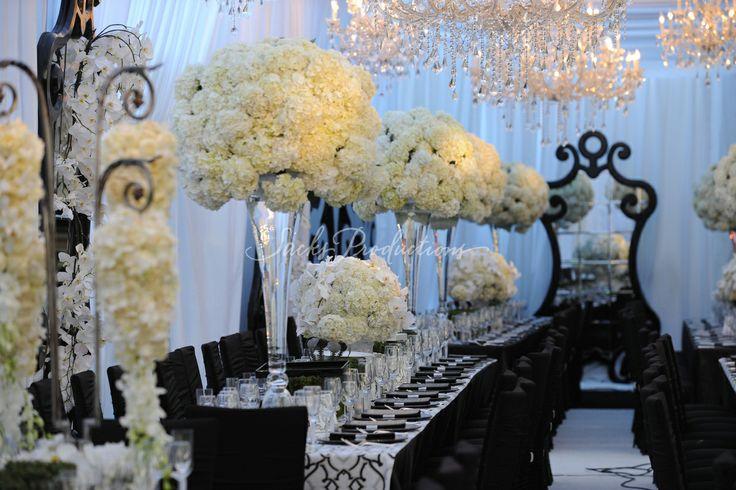 : Wedding Tables, Wedding Receptions, Hollywood Glamour, Black And White, Black Wedding, Glamorous Wedding, Black White, White Wedding Flower, Wedding Centerpieces