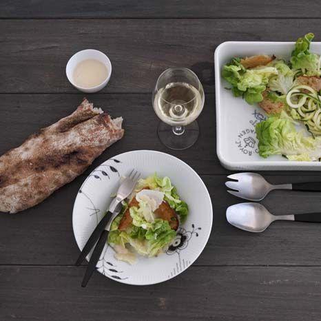 Salad - Black Fluted Mega
