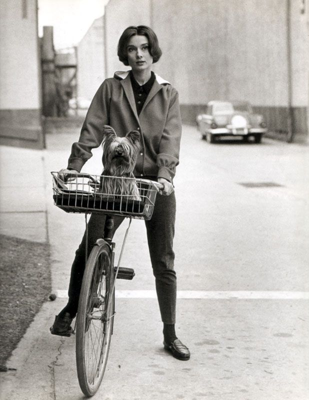Audrey and my favorite kind of bike. A beach cruiser with a basket.