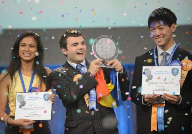 Ionut Budisteanu a castigat marele premiu la concursul Intel ISEF