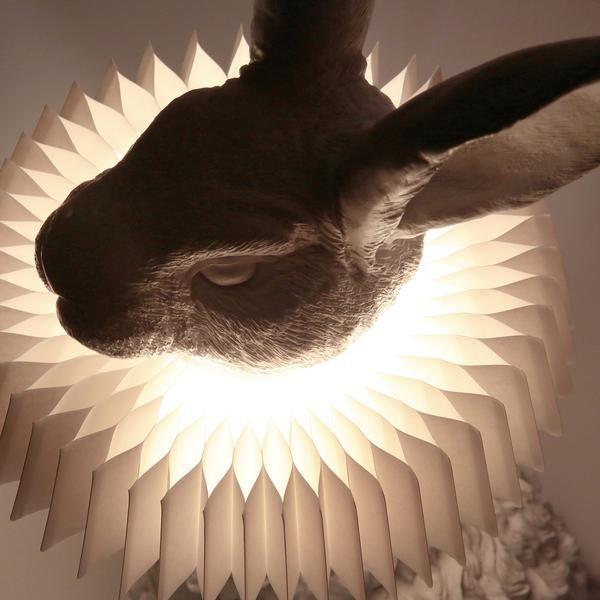 Hasenlampe Mit Deko Skulptur Fur Wohnzimmer Schlafzimmer Kinderzimmer In 2020 Kinder Lampen Deko Skulpturen Kinderlampe