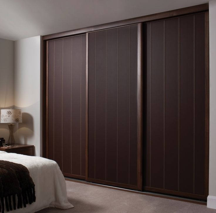 Wardrobe door designs for bedroom