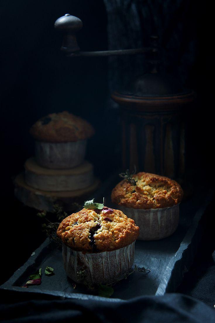 Sûrement parmi les meilleurs muffins aux myrtilles que j'ai pu goûter. Le levain ajoute un côté texturant très intéressant.