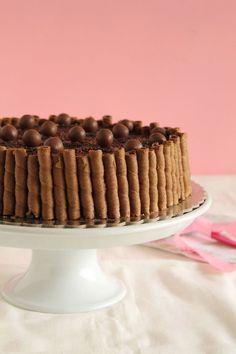 Εύκολη τούρτα με maltesers - The one with all the tastes