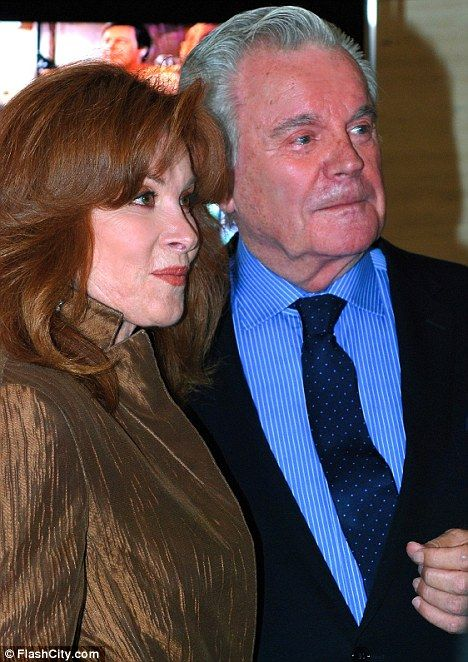 Hart to Hart Now : Stefanie Powers and Robert Wagner are still looking good, 26 years after they starred in Hart To Hart