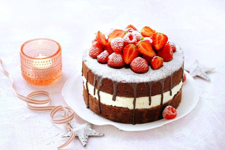 Kijk wat een lekker recept ik heb gevonden op Allerhande! Brownietaart met mascarpone en rood fruit