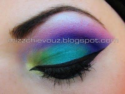 Colourful Arab #makeup..