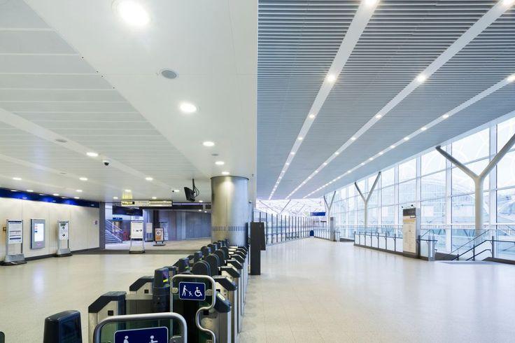 Dworzec Paddington, Armstrong, sufity podwieszane, ceiling, sufit akustyczny, acoustic, Metal
