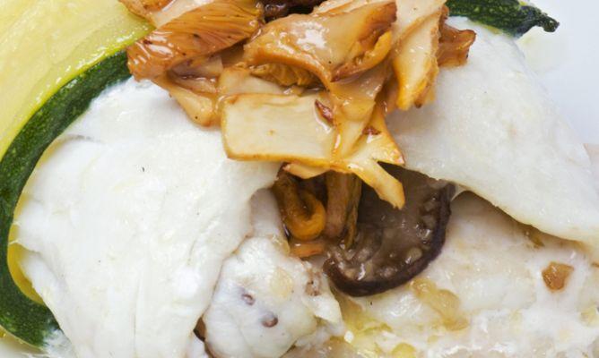 Receta de Cilindros de merluza rellenos de cangrejos de río