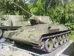 Т-34 — Т-34 1941 года выпуска с литой башней в Центральном музее Вооруженных Сил